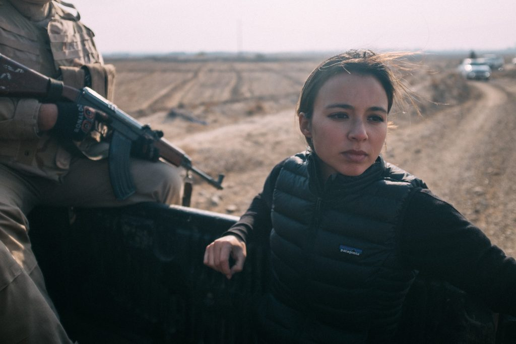 VICE correspondent Isobel Yeung rides with the Sunni militia. (Jerry Ricciotti for VICE on HBO)
